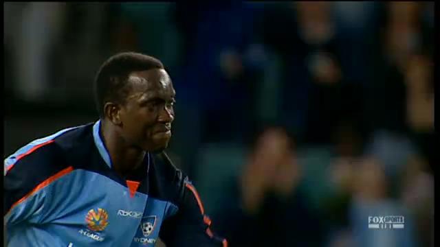 Yorke in Sydney coach bid