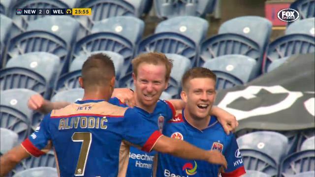 NEW v WEL: Match highlights