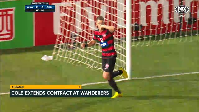 Cole re-signs with Wanderers