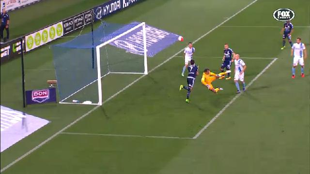 Finkler scores off deflection