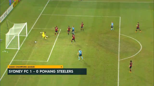 Sydney down Pohang Steelers