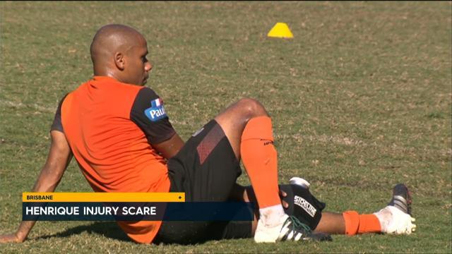Roar suffer injury scare