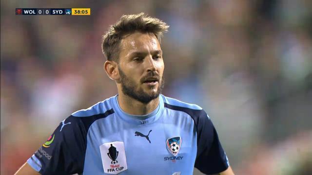 Wolves save Sydney pen
