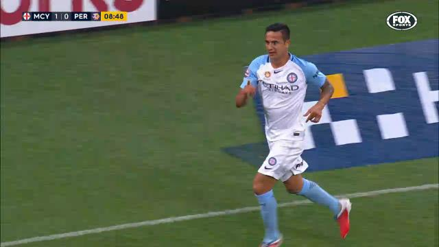 Cahill heads City in front