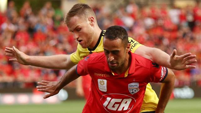 Reds chasing a Nix double