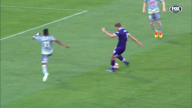 Perth skipper's stunning goal