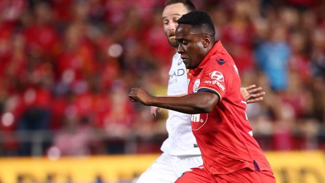A star born in rare Reds win