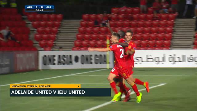 Reds draw six goal thriller