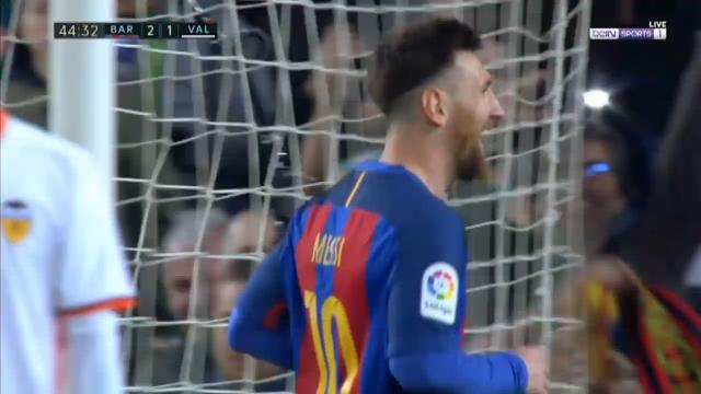 Messi brace gives Barca win