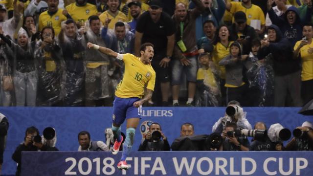 Neymar's scorching run & goal