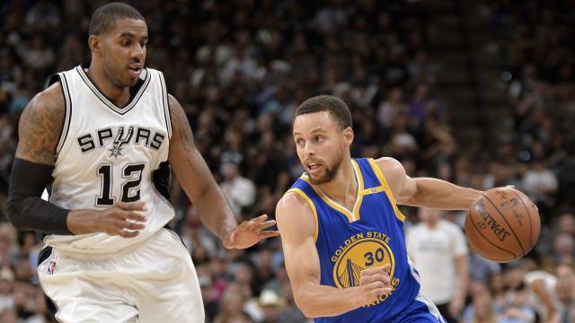 Warriors storm past Spurs
