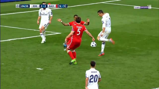 Offside Ronaldo sinks Bayern