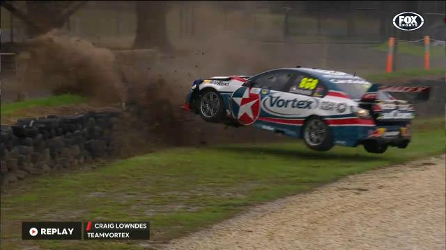 Lowndes' huge practice crash