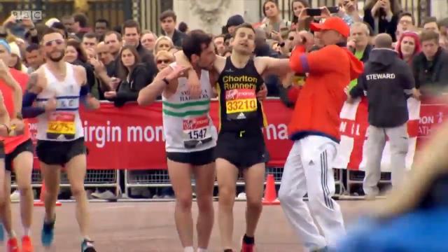 Marathon runner's noble act