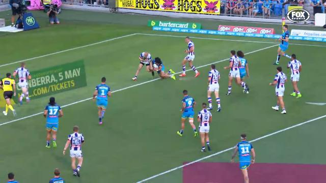 Hurrell's epic diving try