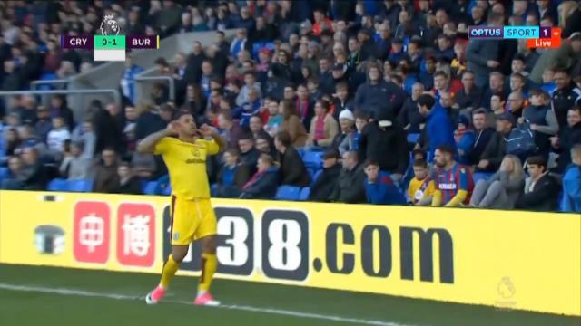 Report: Burnley get away win