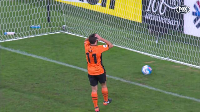 Another blunder hurts Roar