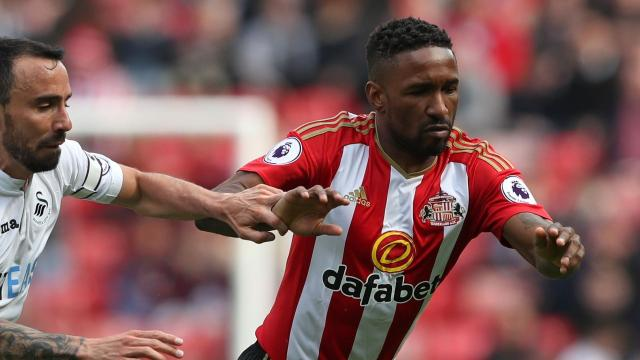 Defoe headed to Bournemouth