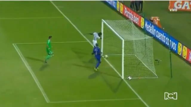 Pogba presents the 'dab goal'