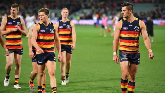 Tex locked in with Crows