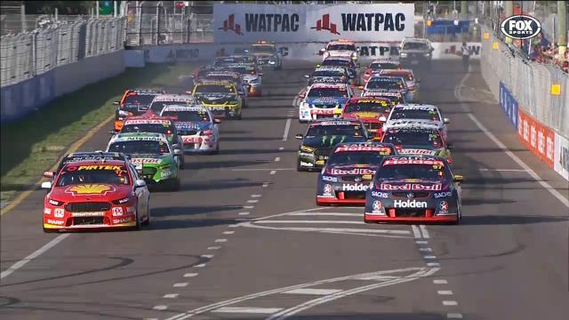 HL: Race 14, Townsville