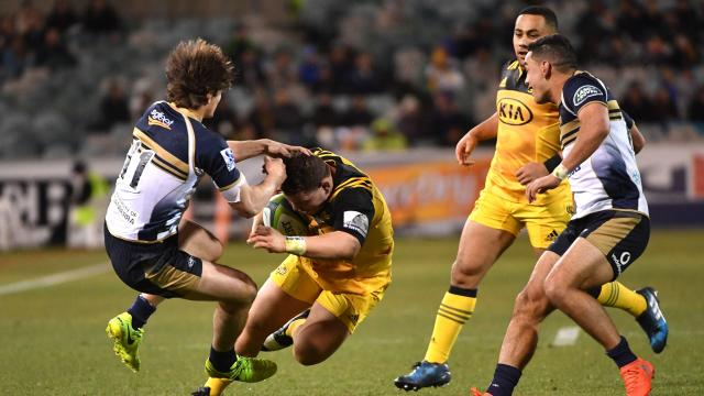 Canes run over brave Brumbies